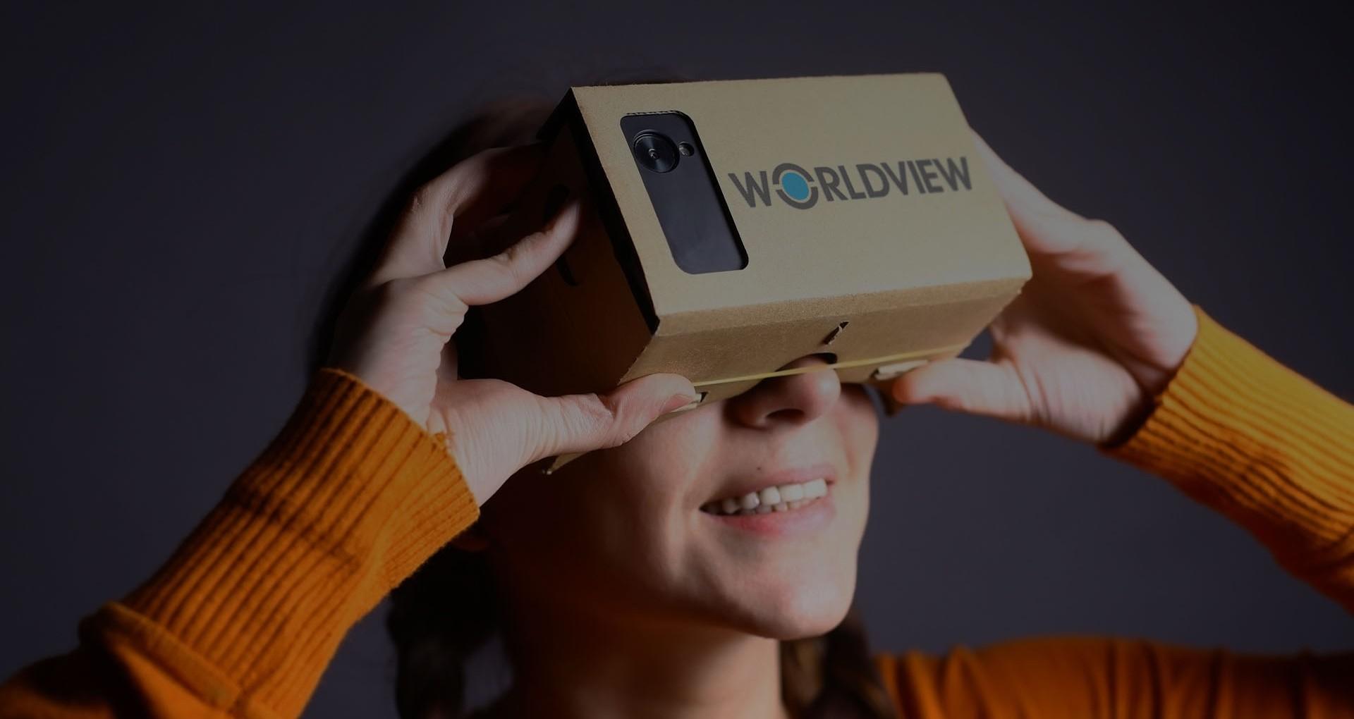 Girl-with-360-virtual-reality-headset